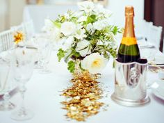 Martysellshouses.com shares how to bring the Oscars to your Southlake home ...The entertaining experts at HGTV.com share tips on planning and hosting an Oscar night party.