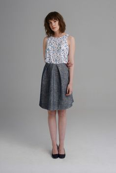 Grey-blue flocked, knee length A-line skirt with pockets and folded details on the waist. Skirts With Pockets, A Line Skirts, Blue Grey, Anna, Formal Dresses, Frost, Style, Fashion, Dresses For Formal