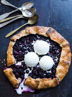 Make blueberry pie from scratch