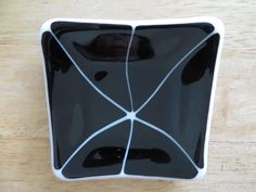 Fused Glass Dish - by DMT Glass. Delphi Artist Gallery