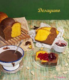 Este pan lo vi en LA MORENA EN LA COCINA QUE FOLLÓN , que a su vez lo había visto en el blog de Pam de UNO DE DOS.  Yo varié bastante e...