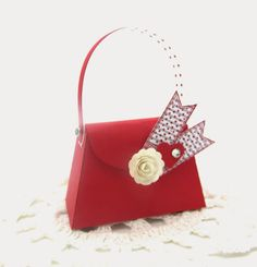 A Stampin' Up! Petite Purse for Valentine's Day from a Stampin' Up! die. www.pinkblingcrafter.blogspot.com