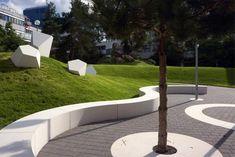 Campus de l'Université de Trèves Urban Furniture, Street Furniture, Landscape Walls, Urban Landscape, Environment Design, Built Environment, Art Public, Pocket Park, Hardscape Design