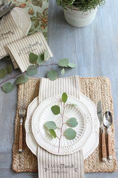 Farmhouse napkins free printable made from 1 yard of fabric - Farm Fresh…