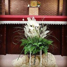 관련 이미지 Flowers, Plants, Flower Arrangement, Flower Arrangements, Altars, Floral Arrangements, Flora, Floral Arrangement, Plant