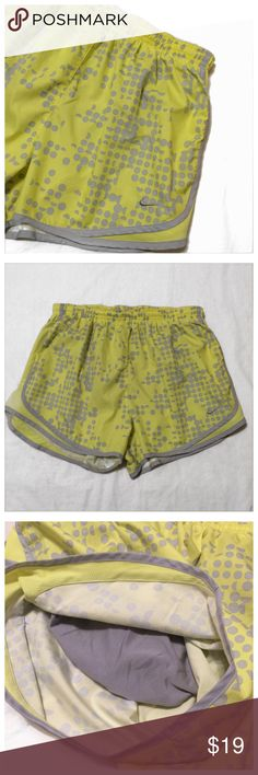 NIKE Dry Fit Printed shorts size L Excellent used condition NIKE Dry Fit Printed shorts size L. 💛bundle snd save💚 Nike Shorts