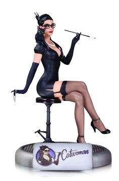 Bombshell  Series Catwoman Statue