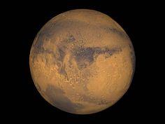 """Marte è """"vicino"""" alla Terra: come osservare il Pianeta Rosso."""