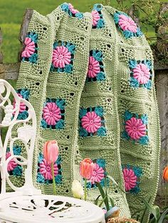 Crochet - Afghan & Throw Patterns - Granny Square & Scrap Patterns - Rose Lattice