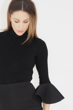 Trompetermer!   Jenny Skavlan Mittens, Turtle Neck, Sweaters, Fashion, Moda, Fashion Styles, Sweater, Fingerless Mittens, Gloves