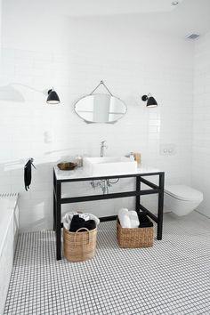 Carrelage octogonal 30x30 blanc mat ou noir mat et for Carrelage damier noir et blanc salle de bain