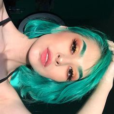 beautiful, hair e beauty imagem no We Heart It Hair Dye Colors, Cool Hair Color, Coiffure Hair, Aesthetic Hair, Dye My Hair, Dip Dye Hair, Coloured Hair, Synthetic Lace Front Wigs, Synthetic Wigs