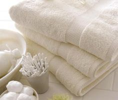 fluffy white towels that smell fresh