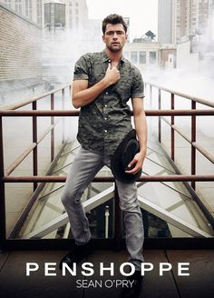 Penshoppe enlists American supermodel Sean O'Pry (VNY Model Management) to star in their Urban Rebels 2015 menswear advertising campaign. Sean O'pry, Penshoppe, Prom Photos, How To Look Handsome, Fashion Photography Inspiration, Advertising Campaign, Male Face, New Image, Blue Eyes