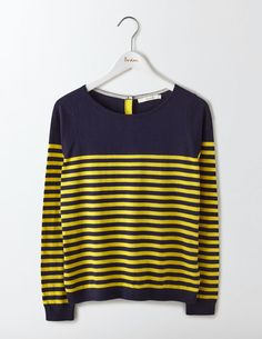 This versatile, stripy boat neck jumper is only buttoned-up if you want it to be (like when you wear it out to dinner). Unbutton the back a little for a relaxed look on sofa days, and reveal the contrast placket detail. Either way, soft cotton with cashmere keeps you snug all day.