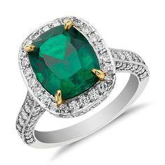 Emerald &Diamond halo ring