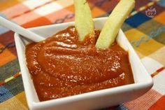 La salsa ketchup,ha origini molto antiche, ed è stata ripresa, trasformata e ampiamente adottata dagli Americani: è molto utilizzata per condire hamburger e patatine fritte.