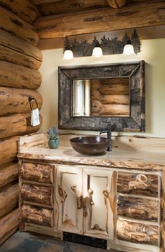 A Montana Home With All the Perks of Mountain Living The benefits of mountain living are on full display in this charming Montana cabin. Log Cabin Living, Mountain Living, Log Cabin Homes, Log Cabins, Mountain Cabin Decor, Rustic Cabin Bathroom, Rustic Bathrooms, Lodge Bathroom, Log Cabin Bathrooms