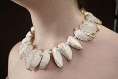papierschmuck white claudia diehl     verkauft/ Paper and pearl necklace