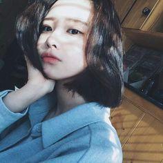 Images and videos of ulzzang girl icons Korean Ulzzang, Korean Girl, Asian Girl, Korean Beauty, Asian Beauty, Girls Tumblrs, Hwa Min, Uzzlang Girl, Girl Short Hair