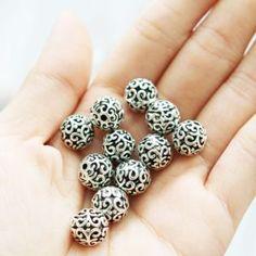 Set of 5, 10mm Beads, Pattern Beads, Decorative Beads, Filigree Beads, Fancy Beads, Decor Beads, Round Beads, Ball Beads,