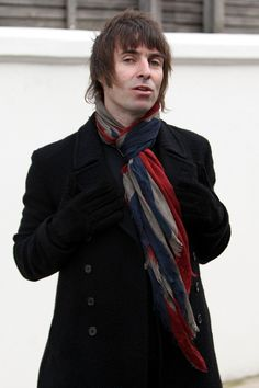 Image detail for -Liam Gallagher Photos - Liam Gallagher Out With Family - Zimbio