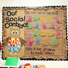 This social contract by @kindergartenkindergarten is an awesome idea! Definitely save this one for the beginning of the year. Check out her Instagram for some awesome kindergarten ideas. #earlycorelearning