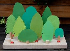 Forest Chore Chart Tutorial - Things to Make and Do, Crafts and Activities for Kids - The Crafty Crow Forest Crafts, Tree Crafts, Nature Crafts, Paper Crafts, Diy Crafts For Kids, Projects For Kids, Fun Crafts, Creative Activities, Activities For Kids