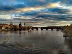 Falling in love with Prague ❤ Charles Bridge, Beautiful Sky, Prague, Falling In Love, New York Skyline, Travel Photography, Traveling, Victoria, Instagram