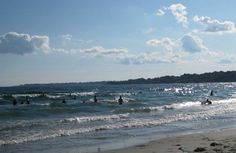 Second Beach in Middletown, Rhode Island has some great waves and is just a few minutes from downtown Newport. Middletown Rhode Island, Middletown Ri, Rhode Island Beaches, Newport County, Gloucester, Science And Nature, Vacation Spots, Manchester, Roots