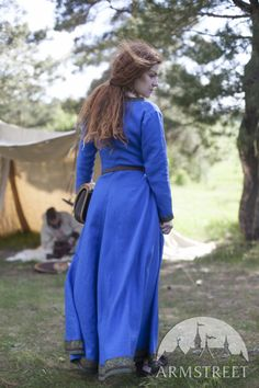 Tunique Viking, robe en lin « Ingrid la Maîtresse du foyer »