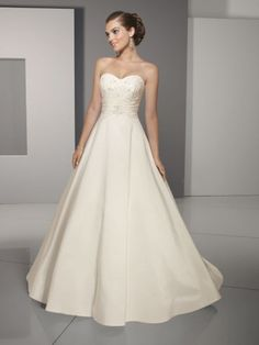 see details here: 2012 Style A-line Sweetheart Lace Sleeveless Sweep / Brush Train Taffeta White Wedding Dress For Brides