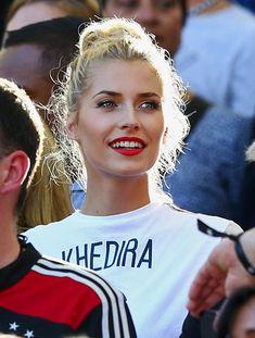 http://worldcupgirls.net/girls-pics/lena-gercke_02.jpg