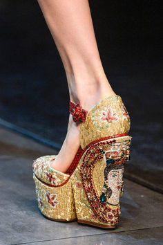 Dolce & Gabbana womenswear F/W 2013