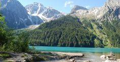 Der idyllische Antholzer See läd zu ausgedehnten Spaziergängen ein!
