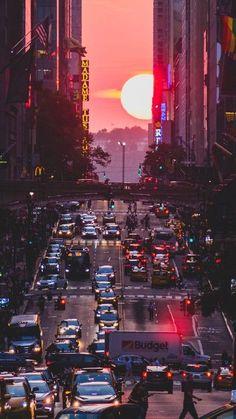 New York City street sunset Mobile Wallpaper 2160x3840 Wallpaper, Sunset Wallpaper, Scenery Wallpaper, Sunset Iphone Wallpaper, Cityscape Wallpaper, New York Wallpaper, Iphone Wallpapers, Wallpaper Quotes, City Aesthetic