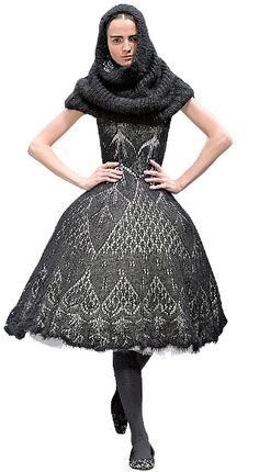 Classic Alexander McQueen Knitwear. Yay! Pic found at www.sensationalcolor.com