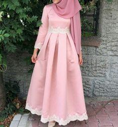 45 Elegant Muslim Outfits Ideas For Eid Mubarak - VIs-Wed Islamic Fashion, Muslim Fashion, Modest Fashion, Hijab Style Dress, I Dress, Modest Dresses, Modest Outfits, Eid Outfits, Fashion Outfits