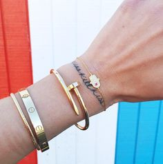 The Blonde Salad's Chiara Ferragni's layered gold bracelets
