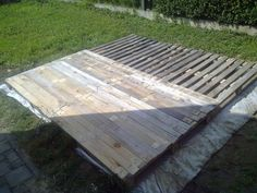 Terrace Deck Made Out Of Repurposed Pallets Flooring Terraces