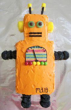 Robot Cake for Max's birthday 5th Birthday, Birthday Cakes, Birthday Ideas, Birthday Parties, Robot Cake, Cakes For Boys, Party Time, Party Ideas, Candles