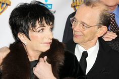 Liza Minnelli does not look pleased. I wonder what Joel Grey said...