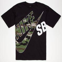 Nike SB T&T Camo tee. Camouflage Nike SB SB logo screened on front. Nike Sb, Branded T Shirts, Printed Shirts, Camisa Nike, Nike Clothes Mens, Tee Shirt Designs, Nike Outfits, Mens Tops, Graphic Tees