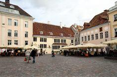 #Tallinn fica golfo da Finlândia, no Báltico e é a capital da #Estónia. A zona #medieval é um lugar muito apreciado, pelo ambiente de época ali recriado
