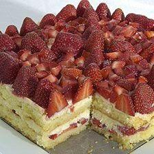 Fresh Berry Tiramisu RECIPE HERE:…http://www.holidayspage.net/fresh-berry-tiramisu/http://www.holidayspage.net/fresh-berry-tiramisu/