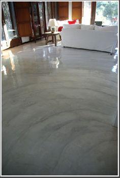 suelo de cemento pulido y tratado - que opinas de este suelo @Marianella Pinkyrella Concrete Table, Stained Concrete, Concrete Planters, Concrete Floors, Metallic Epoxy Floor, Polished Concrete, My Dream Home, Home Deco, Interior Architecture