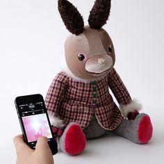 IRIIRI Kuchi-Paku Dancing Animal Speaker   Rabbit #bunny #giftguide #Opensky