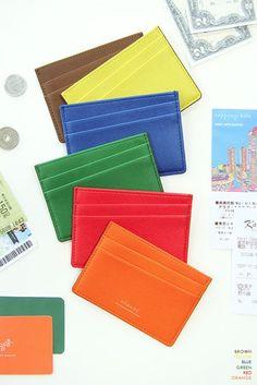 Dégagé Wallet Card