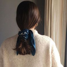 This Is How Often You Should Actually Wash Your Hair, According to a Stylist - Resouri Scarf Hairstyles, Messy Hairstyles, Pretty Hairstyles, Corte Y Color, Inspiration Mode, Fashion Inspiration, Fashion Ideas, Good Hair Day, Grunge Hair