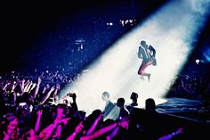 Live at Amsterdam Arena by bank.muse.mu, via Flickr